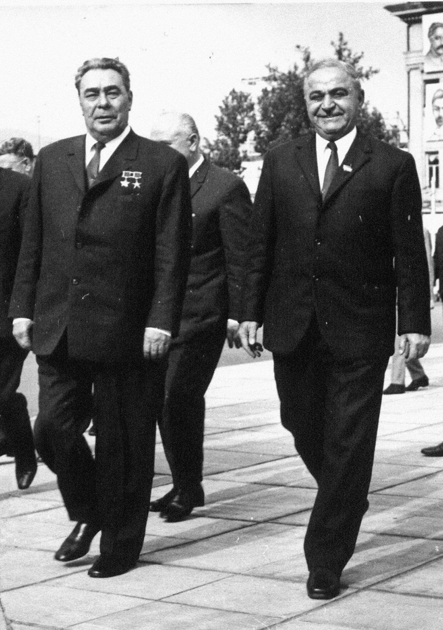 Леонид Брежнев и Василий Мжаванадзе