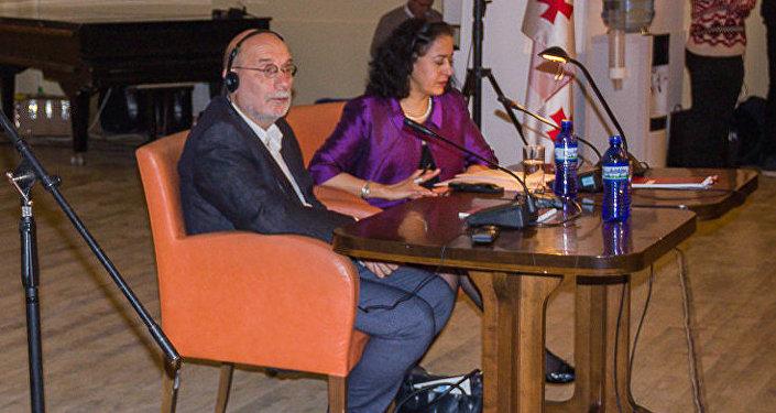 Борис Акунин поделился впечатлениями о Грузии