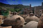 Серные бани в историческом центре Тбилиси