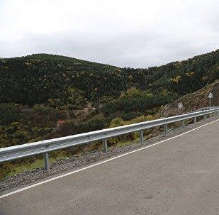 Дорога к монастырю Сапара