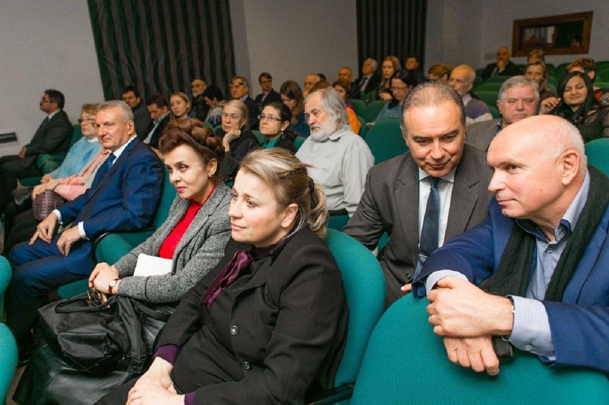 Презентация документального фильма Русские и Грузины