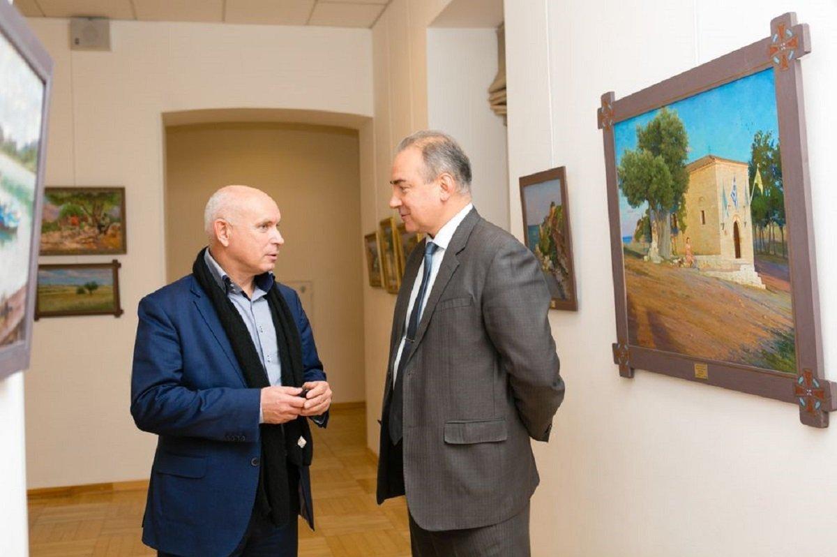Режиссер фильма Русские и Грузины Евгений Кожокин (слева) на презентации