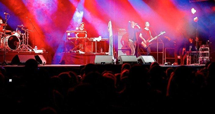 Концерт группы Океан Эльзы собрал в Тбилиси сотни зрителей