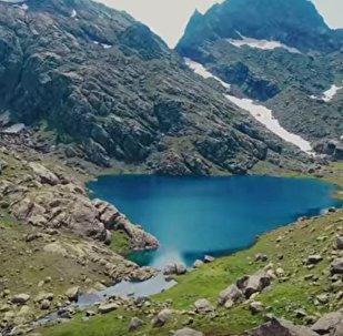 Тобаварчхили – таинственное озеро в горах Грузии