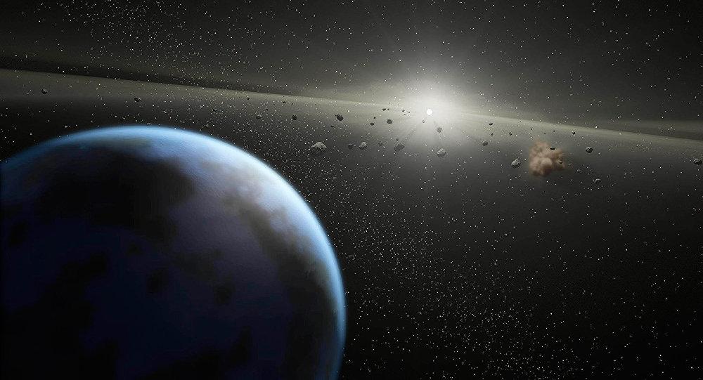 Массивный пояс астероидов вокруг звезды, равной по размеру Солнцу