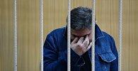 Обвиняемый в организации преступного сообщества Захарий Калашов, известный в криминальных кругах как вор в законе Шакро Молодой, в Тверском суде Москвы