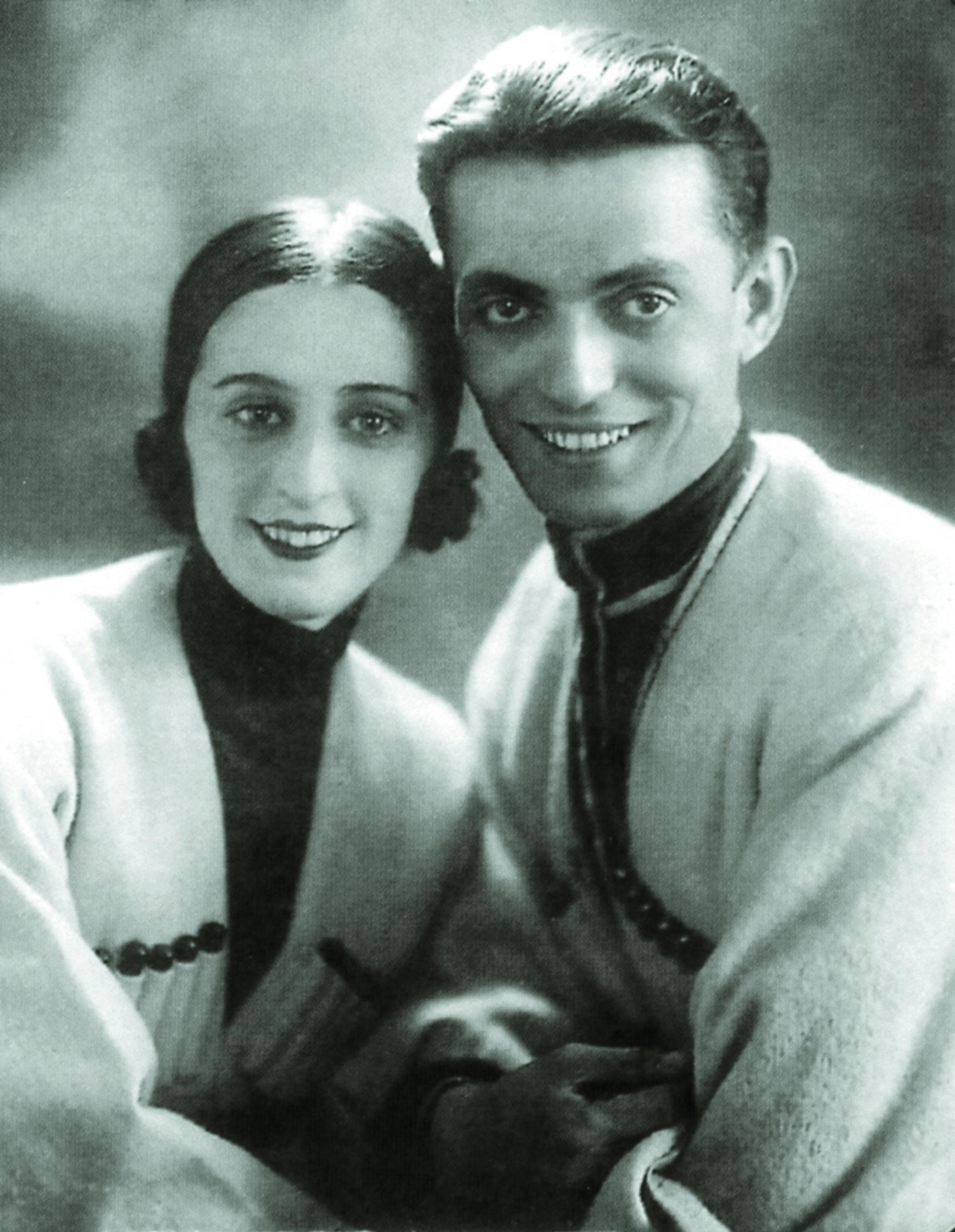 Со своим будущим мужем Илико Сухишвили Нино Рамишвили познакомилась в Тбилисском театре оперы и балета