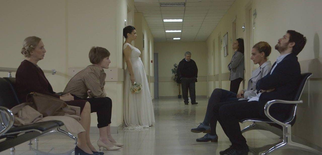 Кадр из сериала Искусственное дыхание