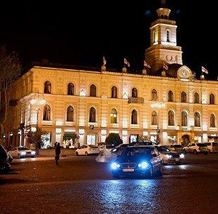 Здание тбилисского сакребуло на площади Свободы