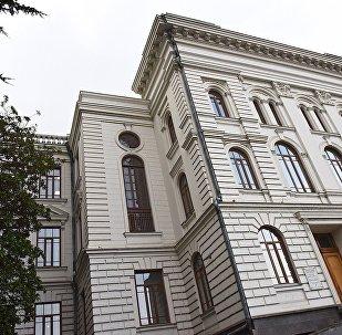 Здание первого корпуса Тбилисского государственного университета (ТГУ)