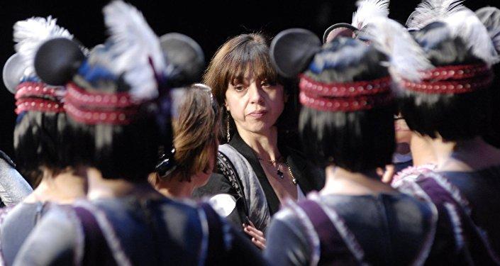Нино Ананиашвили на репетиции балета Цруна и Цруцуна