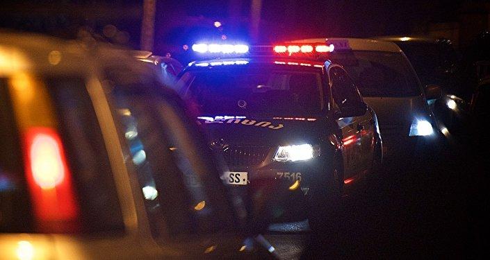 პოლიციის ავტომობილი