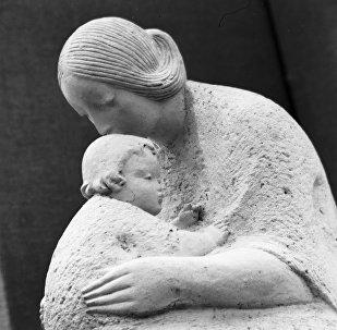 დედაშვილობა