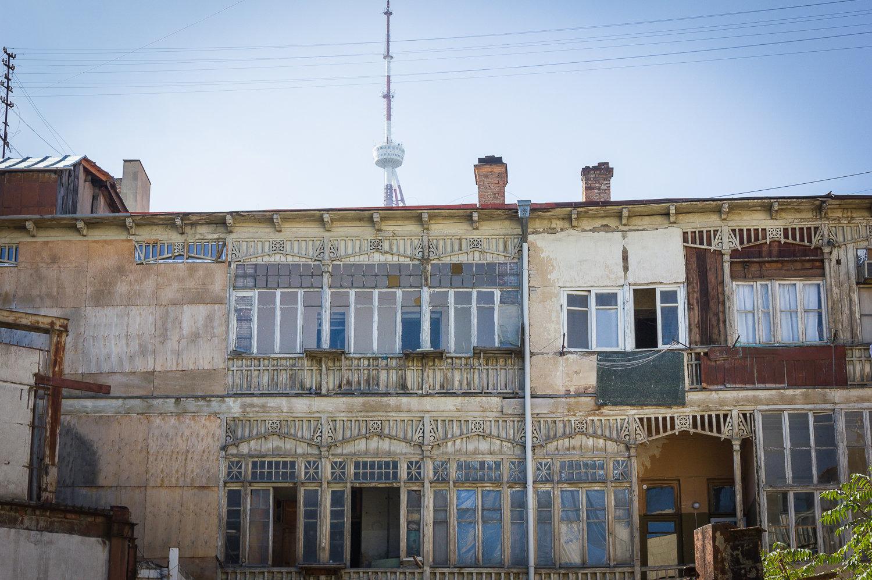 აზარიანცის სახლის შიდა ეზო