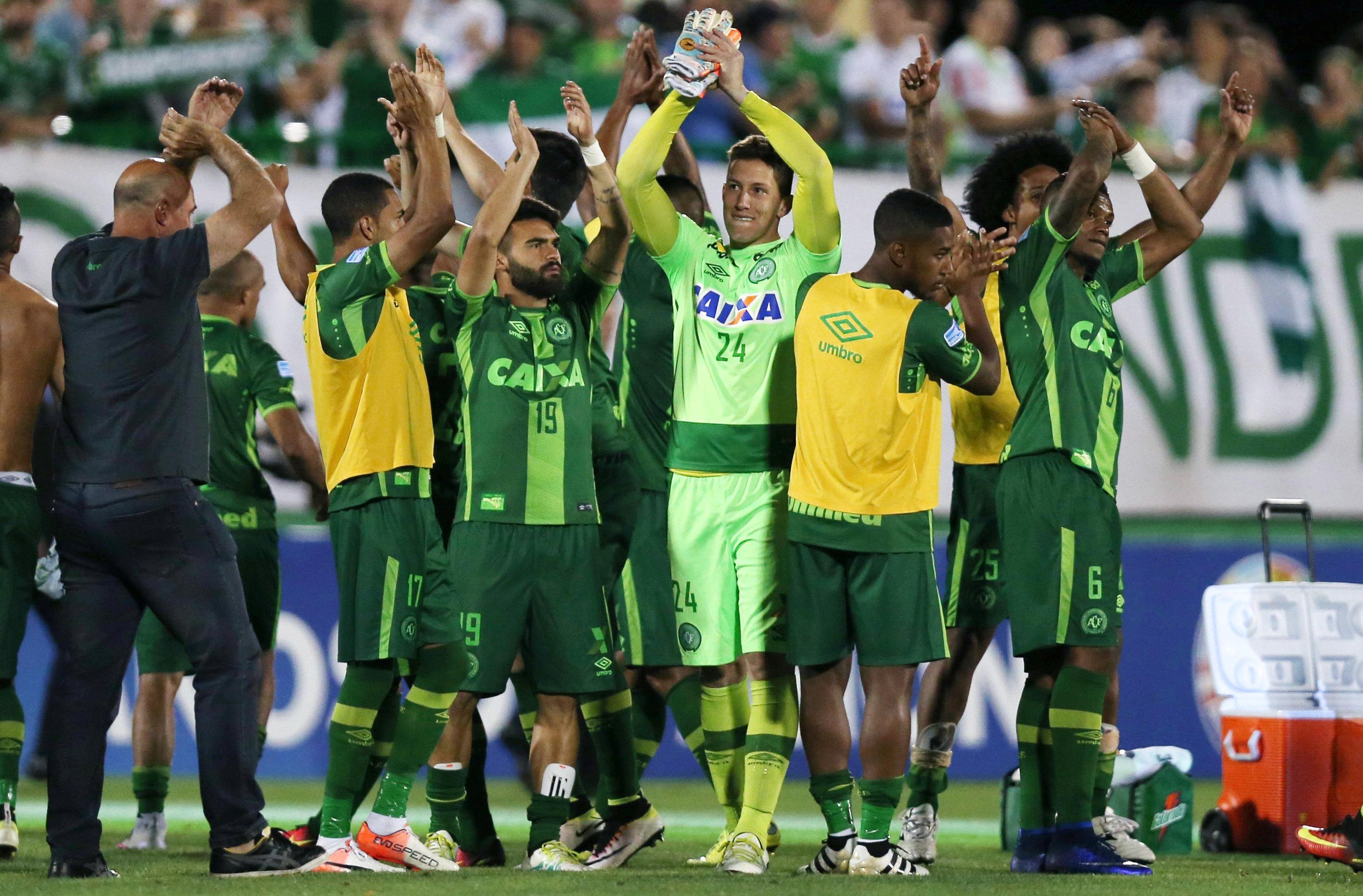 Игроки бразильской команды Chapecoense, погибшей в авиакатастрофе в Колумбии