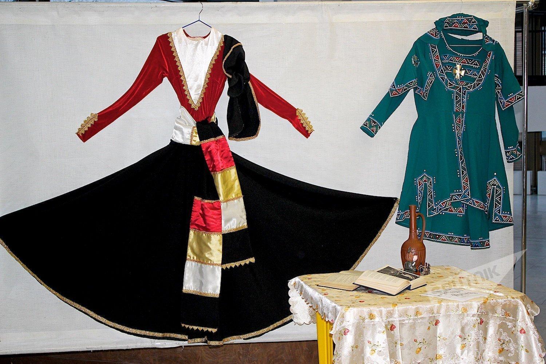 Грузинские национальные костюмы на выставке в Московском Дворце пионеров
