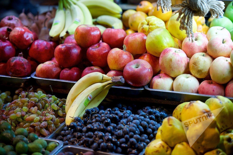 ხილი და ბოსტნეული თბილისში საკმაოდ იაფი ღირს