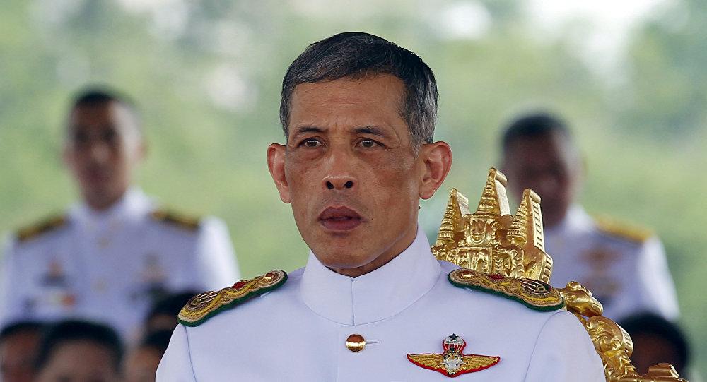 Наследный принц Тайланда Маха Ватчиралонгкон на церемонии Королевской Вспашки в Бангкоке