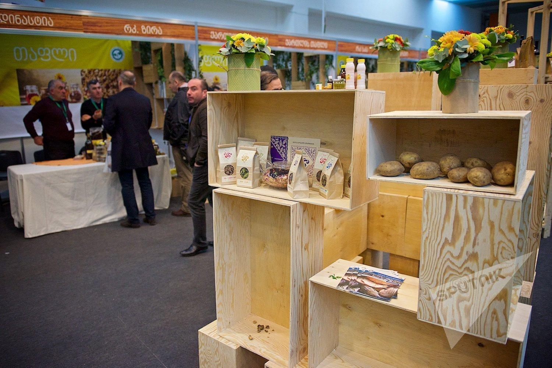 В отдельном павильоне на Международной сельскохозяйственной выставке представлена продукция грузинских кооперативов