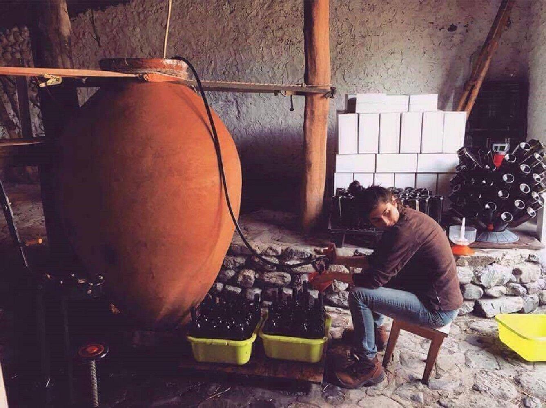 ღვინის ჩამოსხმის პროცესი