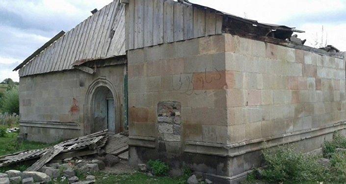 Спорное здание в селе Мохе