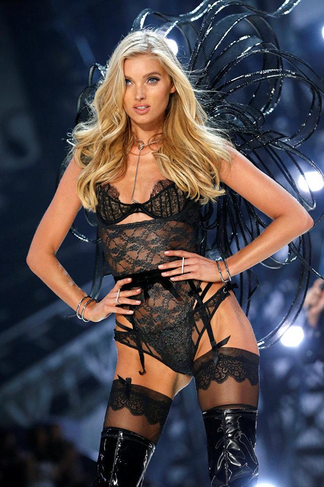 Victoria's Secret-ის ერთ-ერთი ანგელოზი - შვედი მოდელი ელზა ჰოსკი.