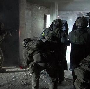 В Махачкале уничтожен главарь отделения ИГ на Кавказе. Кадры спецоперации