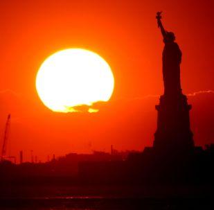 თავისუფლების ქანდაკება ნიუ იორკში