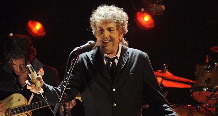 Американский артист Боб Дилан
