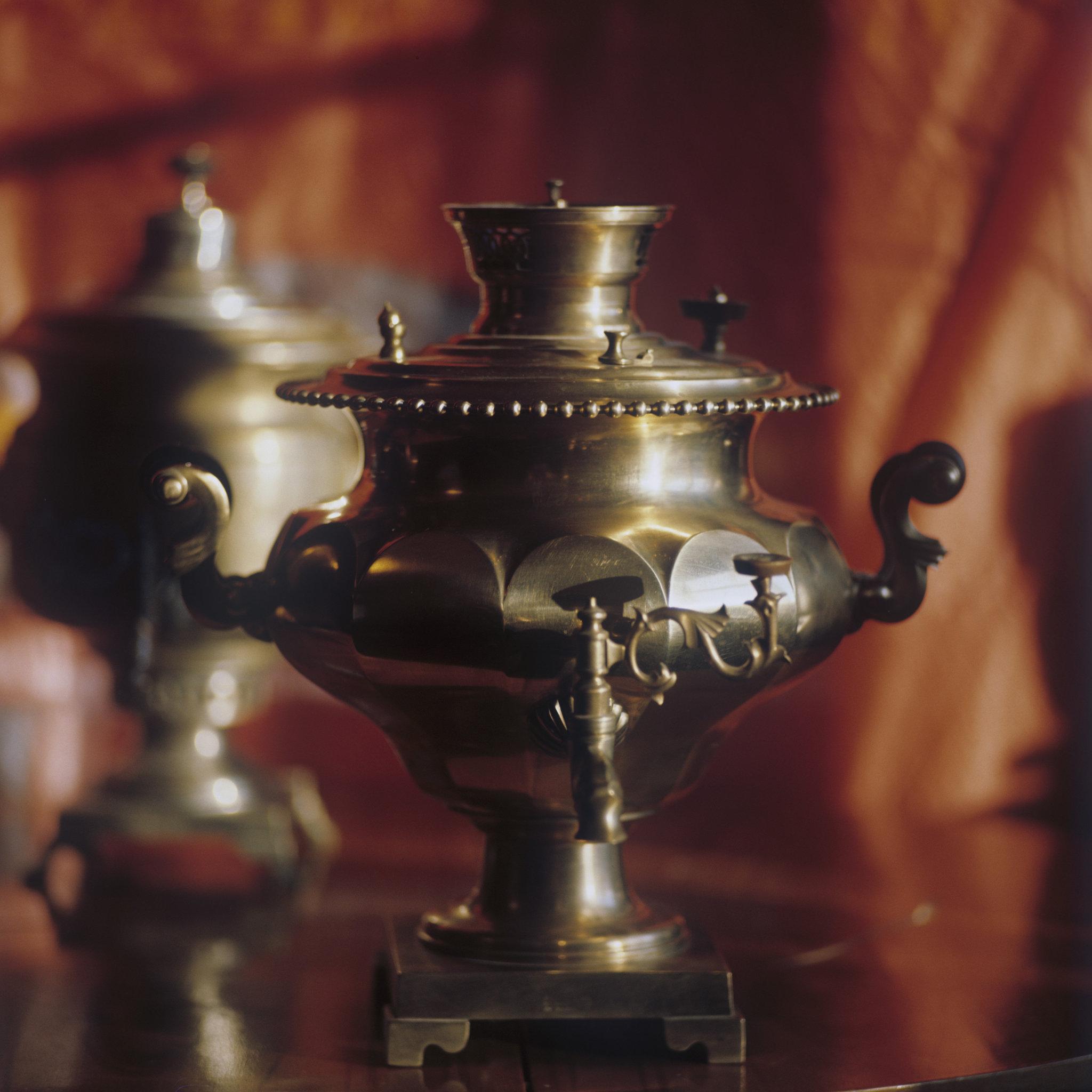 На Руси по старым обычаям чай заваривали в самоварах