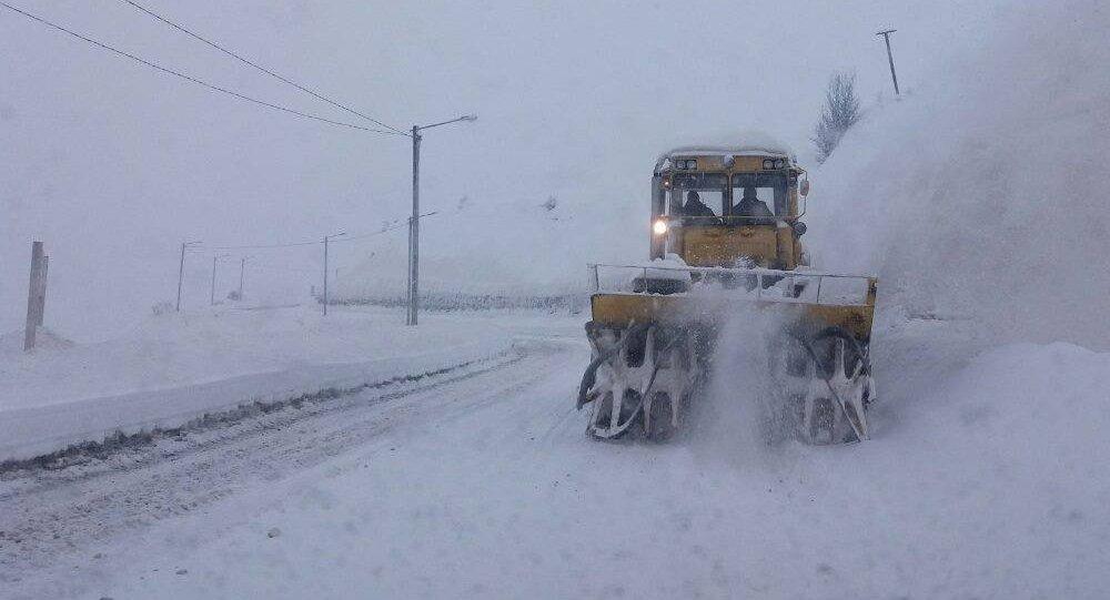 თოვლის გაწმენდითი სამუშაოები. არქივის ფოტო