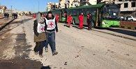 """""""წითელი ჯვრისა და წითელი ნახევარმთვარის"""" თანამშრომლები ალეპოს აღმოსავლეთიდან ბოევიკების ბოლო ჯგუფის გასვლის მოლოდინში"""