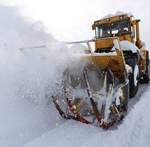 თოვლისგან გზის გაწმენდის სამუშაოები