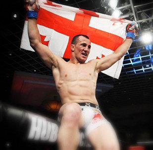 Мераб Двалишвили на соревнованиях CES MMA