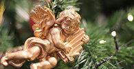 ნაძვის ხის მოსართავი ანგელოზი