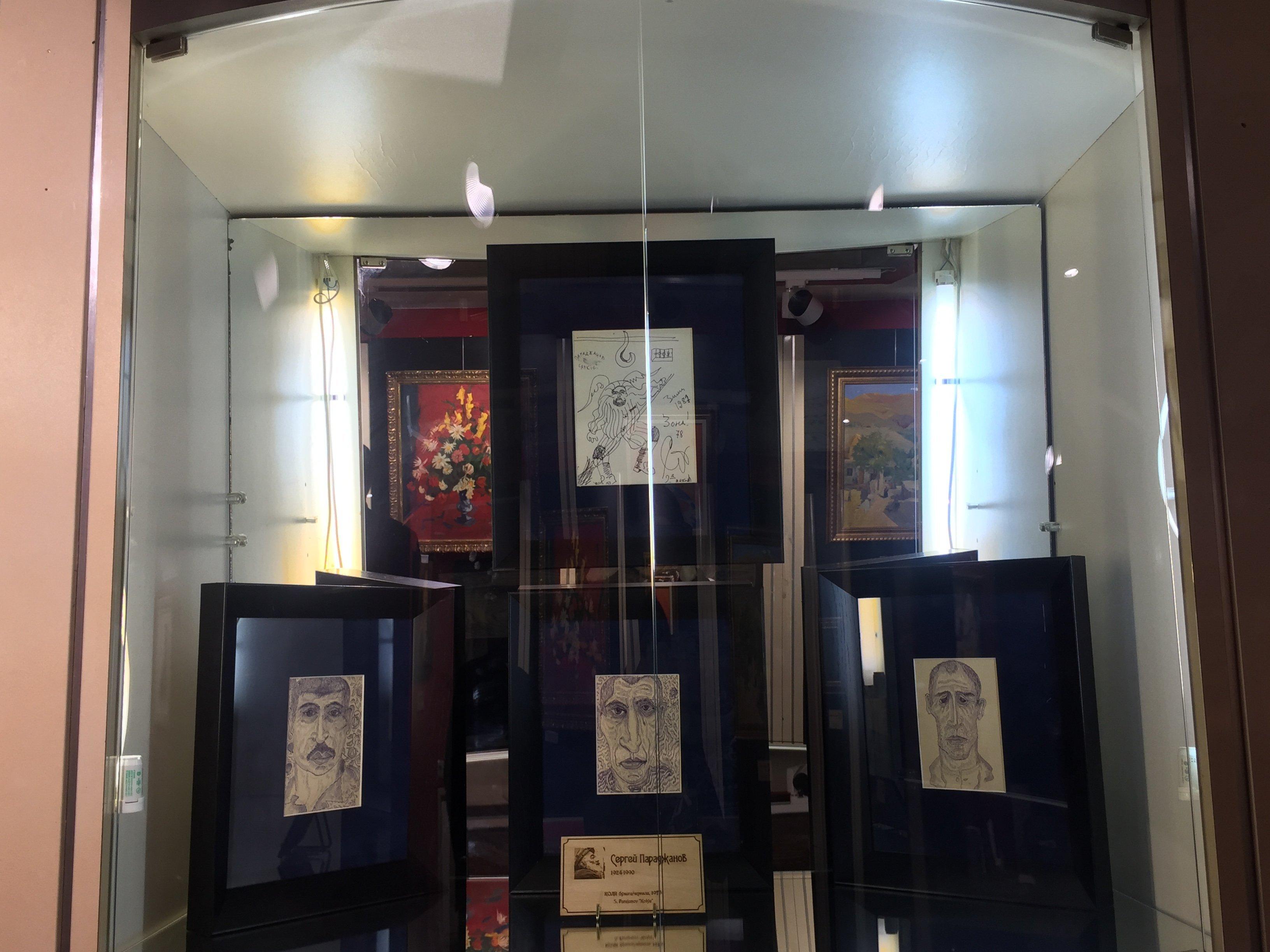 Картины Сергея Параджанова на выставке Тифлисъ — Эривань