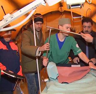 Подарок от России: спасатели передали сирийцам аэромобильный госпиталь