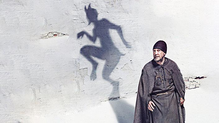 Плакат фильма Александра Досталя Монах и бес