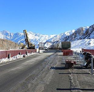 Строительство нового моста на 113-ом километре автомагистрали Мцхета-Степанцминда-Ларс