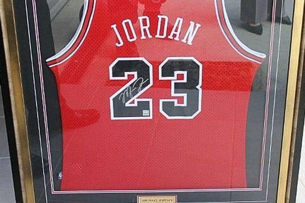 მაიკლ ჯორდანის მაისური - ლუკ მურისთვის ყველაზე ძვირფასი შენაძენი