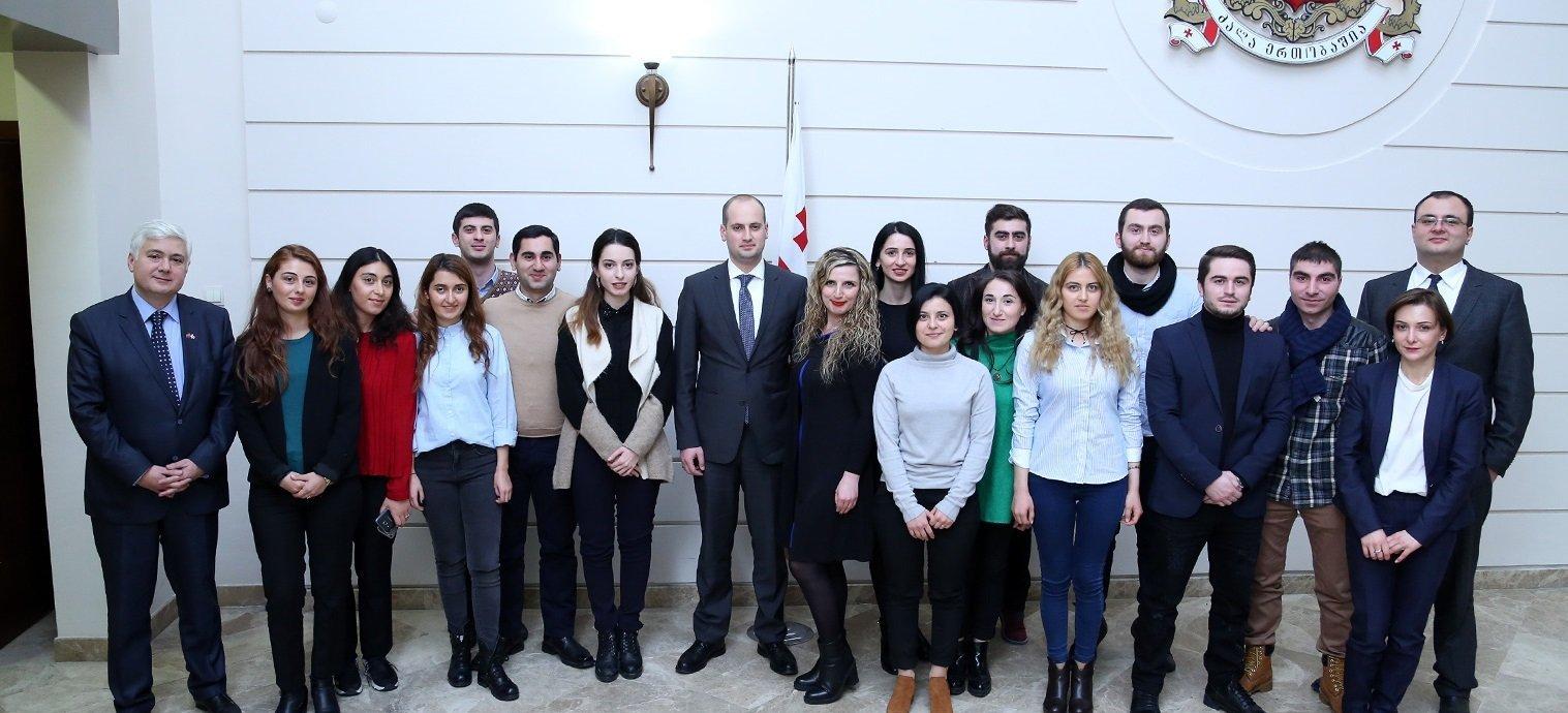 Министр иностранных дел Грузии Михаил Джанелидзе встретился с грузинскими студентами в Турции