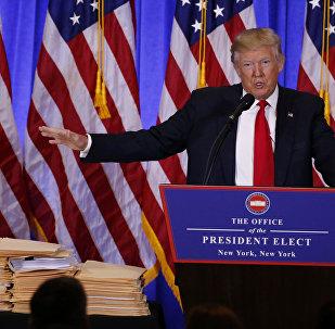 Избранный президент США Дональд Трамп на пресс-конференции
