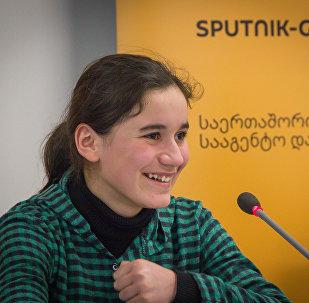 Участница проекта НТВ Ты - супер! Нана Вардзелашвили
