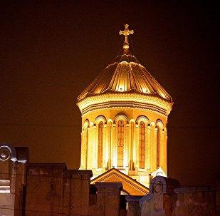 Купол кафедрального собора Святой Троицы Самеба