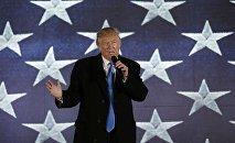 Избранный президент США Дональд Трамп у мемориала Линкольна в Вашингтоне