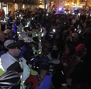 პოლიციისა და მომიტინგეების შეტაკების კადრები ვაშინგტონიდან