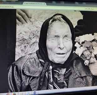 Фото предсказательницы Ванги на экране компьютера