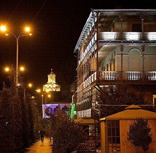 Вечерний Тбилиси зимой