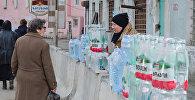 Торговля минеральной водой на улицах Боржоми