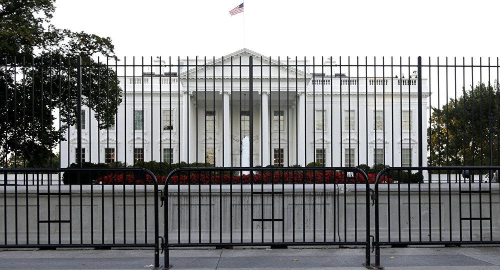 თეთრი სახლის ხედი პენსილვანია ავენიუს მხრიდან